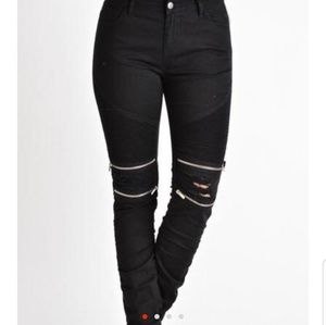 Pants - Distressed motto jeans with zippers